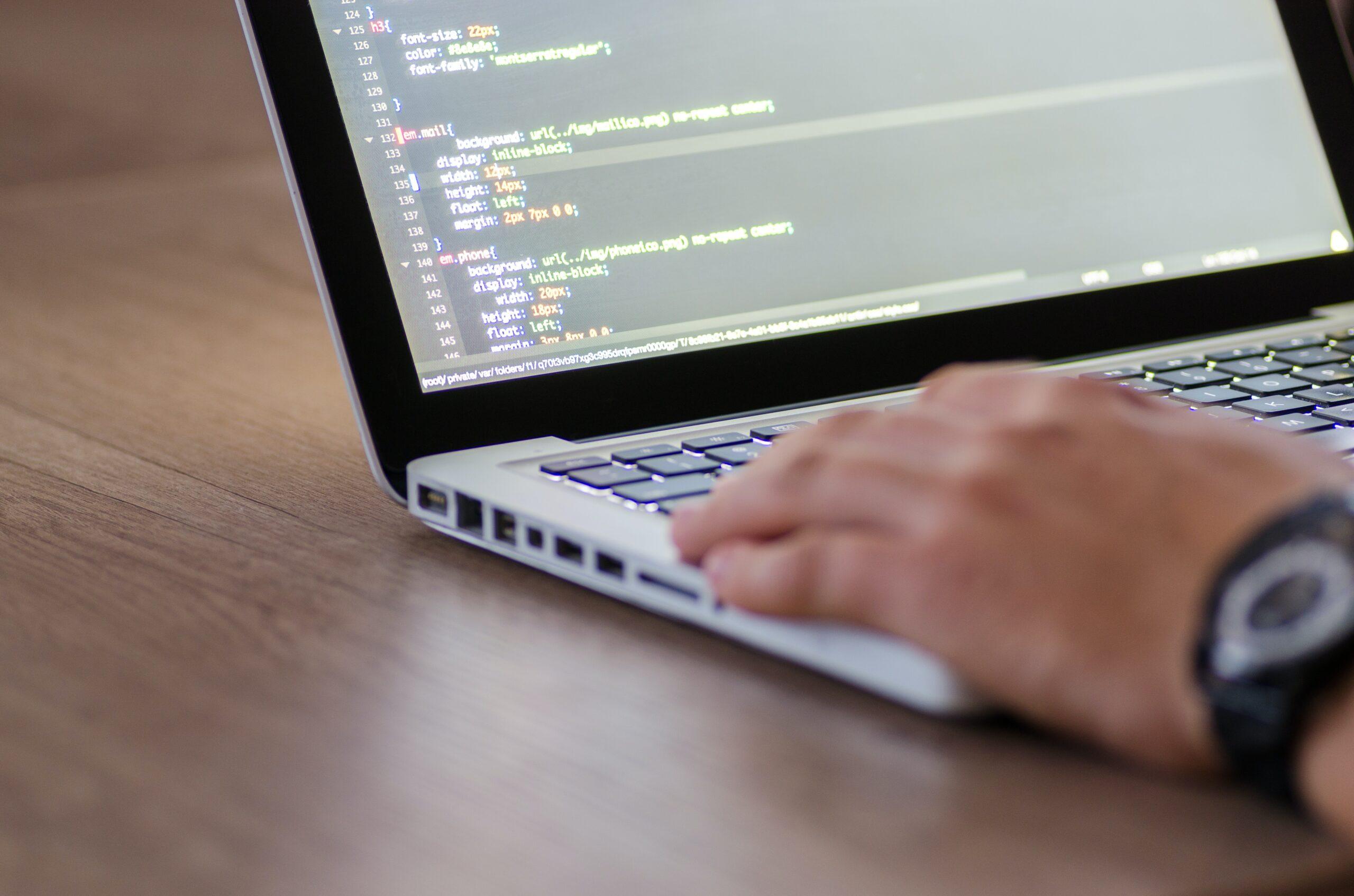 HTML: Text fett machen - wie geht das?