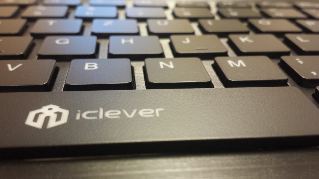 iClever wireless