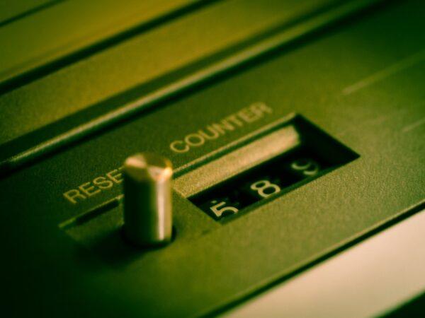 Was genau ist die Reset Taste und wozu verwendet man sie?